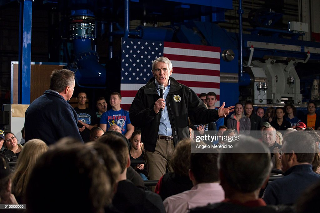 Ohio Senator Rob Portman speaks ahead of Republican presidential candidate Ohio Gov. John Kasich to supporters at a town hall meeting at Brilex Industries, Inc. on March 14, 2016 in Youngstown, Ohio. The campaign stop comes less than 24 hours before polls open in Ohio's winner-take-all primary election.
