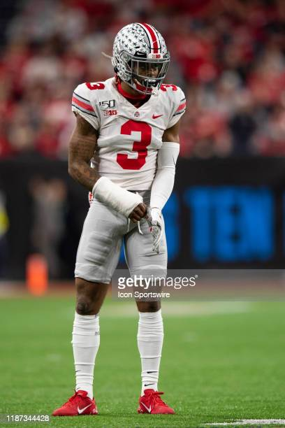 Ohio State Buckeyes cornerback Damon Arnette lines up on defense during the Big 10 Championship game between the Wisconsin Badgers and Ohio State...