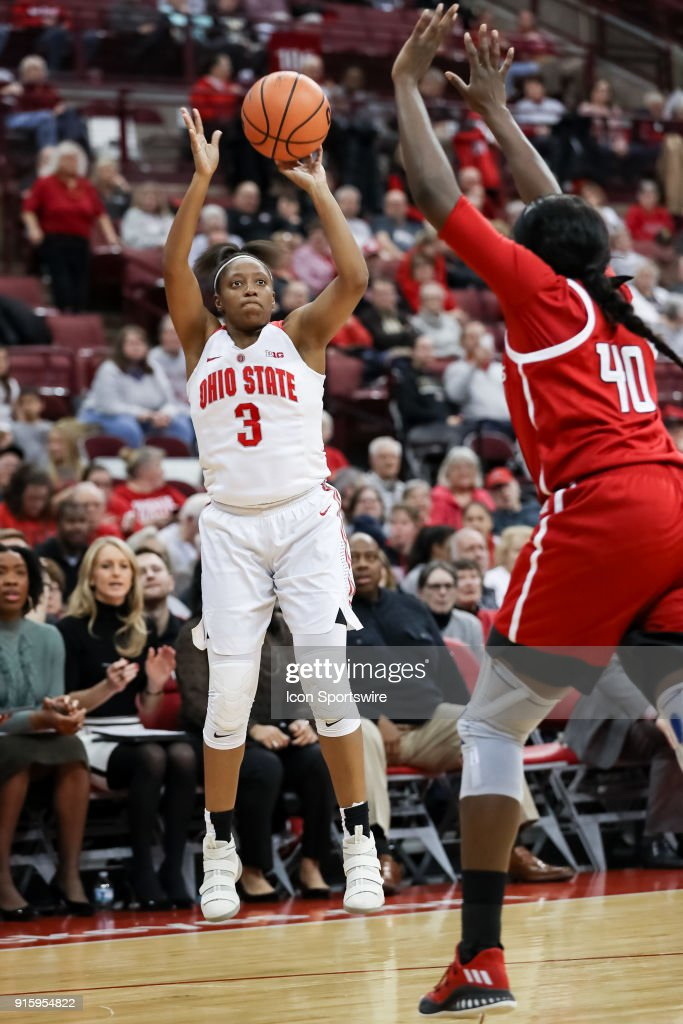 Ohio State Buckeyes guard Kelsey Mitchell (3) attempts a three point shot in a game between the Ohio State Buckeyes and the Rutgers Scarlet Knights on February 08, 2018 at Value City Arena in Columbus, OH. The Buckeyes won 90-68.
