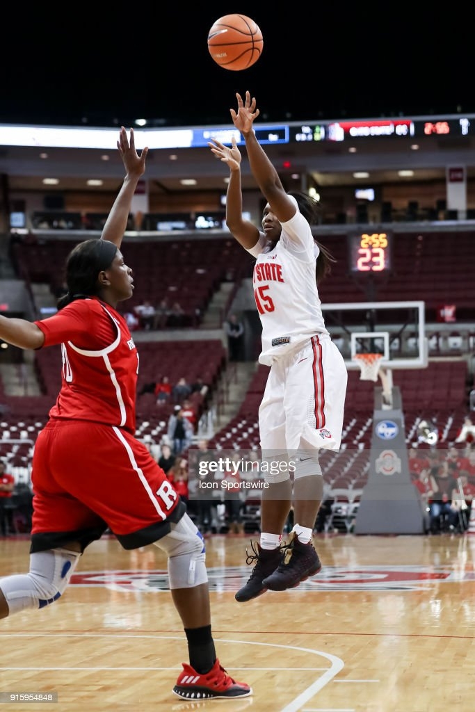 Ohio State Buckeyes guard Linnae Harper (15) attempts a two point shot in a game between the Ohio State Buckeyes and the Rutgers Scarlet Knights on February 08, 2018 at Value City Arena in Columbus, OH. The Buckeyes won 90-68.