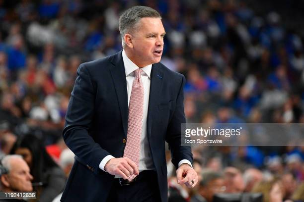 Ohio State Buckeyes head coach Chris Holtmann shouts out instructions during the CBS Sports Classic between the Ohio State Buckeyes and the Kentucky...