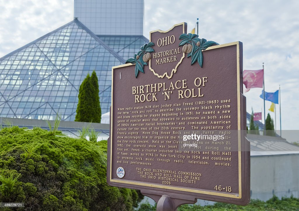 Ohio's Birthplace of Rock and Roll Hall Historical Marker : Stock Photo