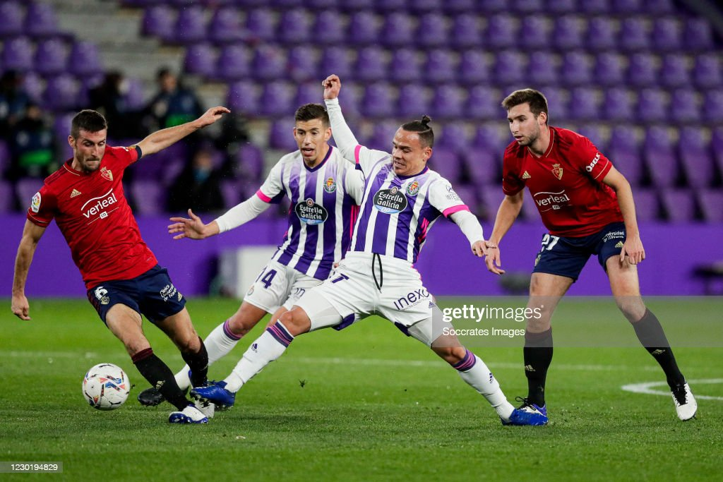 Oier Of Ca Osasuna Roque Mesa Of Real Valladolid During The La Liga News Photo Getty Images