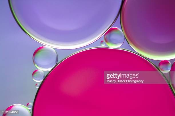 oil and water abstract - mandy pritty stock pictures, royalty-free photos & images