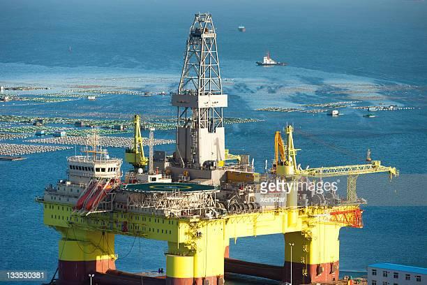 oil drill platform for deep sea