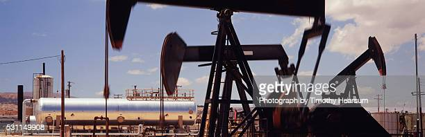 oil drillers - timothy hearsum stock pictures, royalty-free photos & images