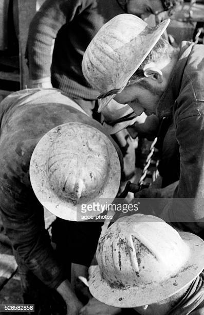 Oil exploitation in ParentisenBorn In 1954