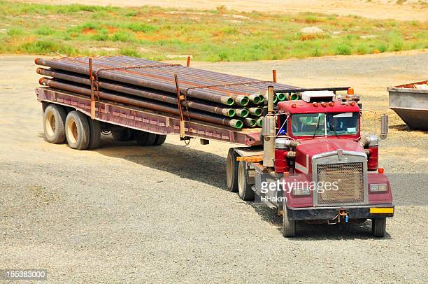 Oil industry: Transporting casing