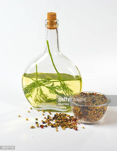 Oil, pepper and fennel
