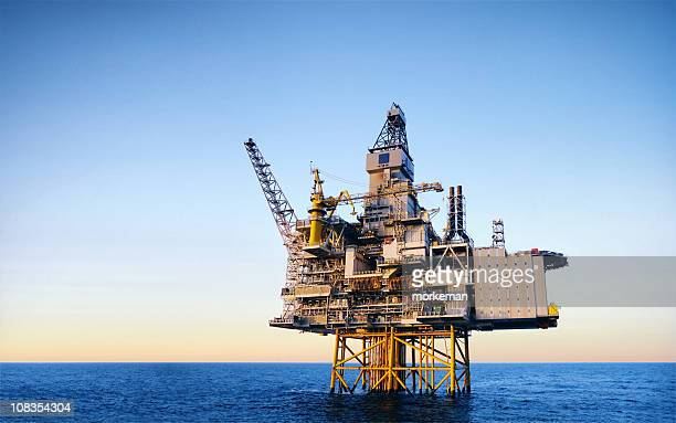 plataforma de petróleo - equipamento - fotografias e filmes do acervo