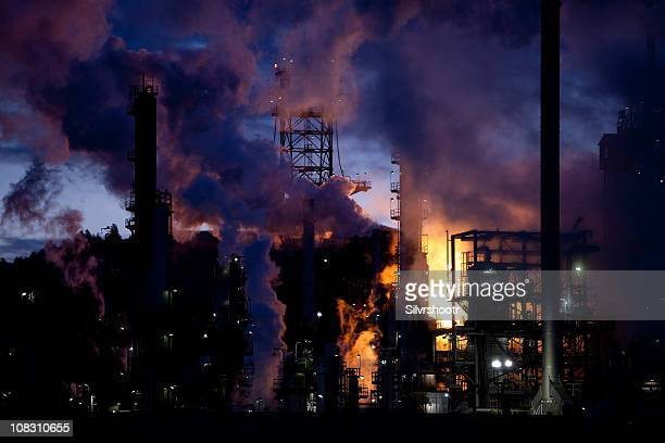 oil refinery burning off natural gas - billings montana stock pictures, royalty-free photos & images