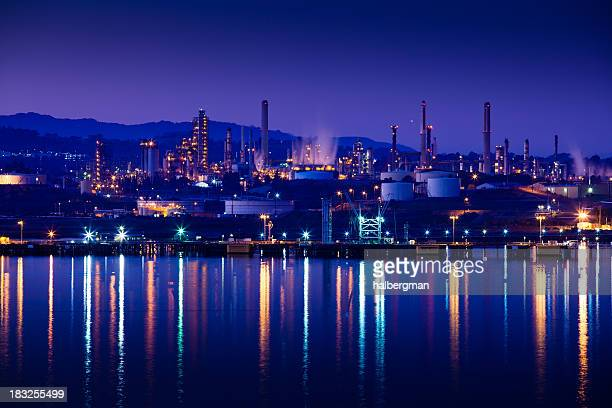 oil refinery on the carquinez strait - oil refinery stock pictures, royalty-free photos & images