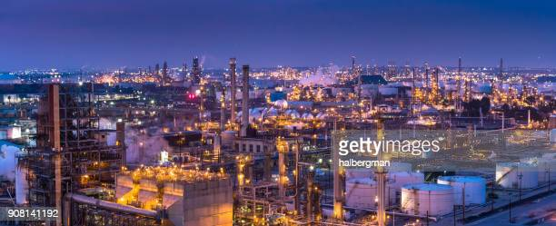 oil refinery panorama - port of los angeles stock pictures, royalty-free photos & images