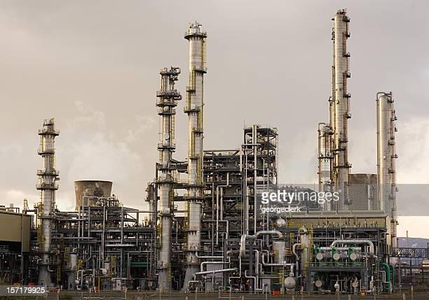 oil refinery - carbon dioxide bildbanksfoton och bilder