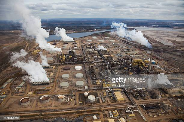 oil refinery - oil sands stock pictures, royalty-free photos & images