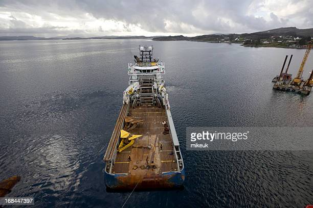 oil rig anchor on handling boat