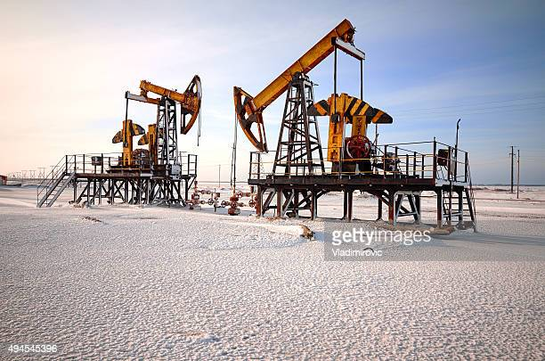 oil rig back light - russia stock pictures, royalty-free photos & images