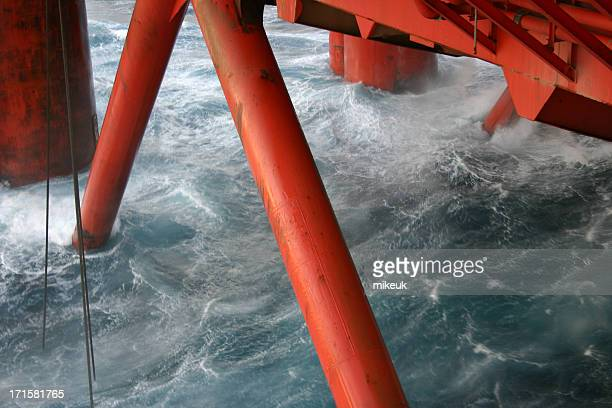 Ponton jambes de plate-forme pétrolière sur mer