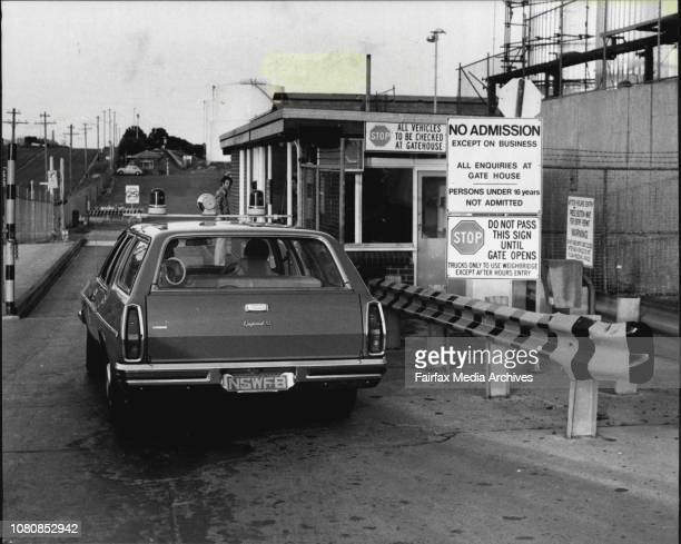 Oil spillage at the Ampol refinery in Yarra BayA fire brigade car enters the refinery January 24 1981