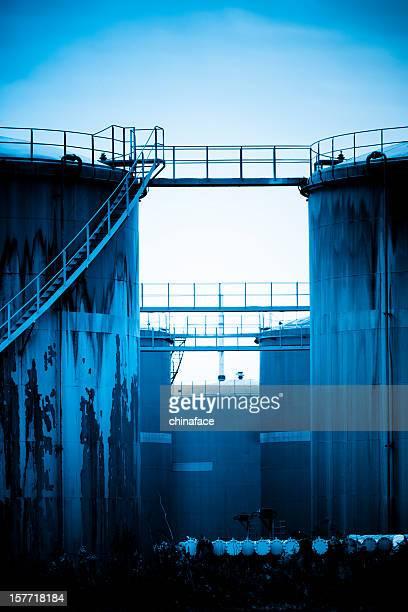 Réservoirs de stockage de pétrole