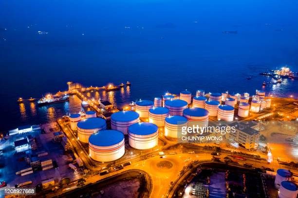 oil tank in hong kong - gas stock pictures, royalty-free photos & images