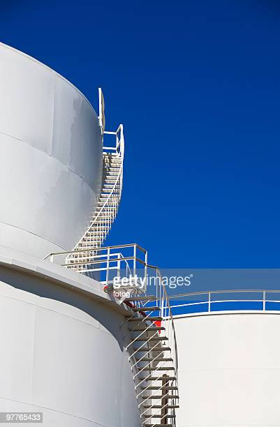 oil tank - silo stock photos and pictures