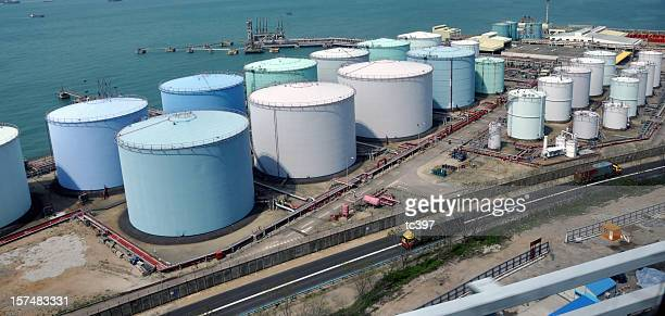 oil tank / refinery factory or industry - fuel storage tank stock photos and pictures