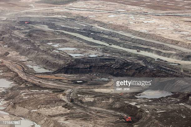 oilsands aerial photo - oil sands stock pictures, royalty-free photos & images