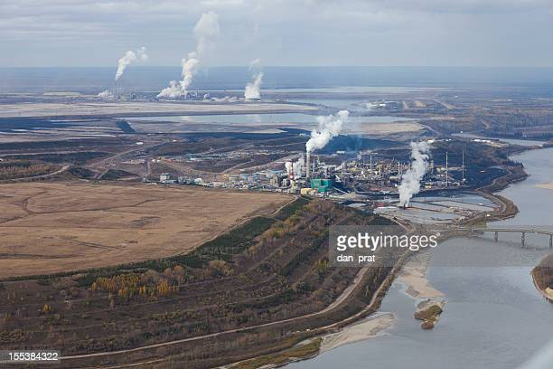 oilsands refineries - oil sands stock pictures, royalty-free photos & images