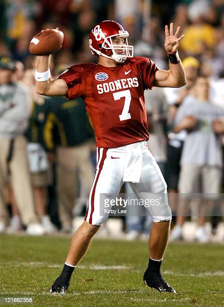 Oklahoma quarterback Rhett Bomar drops back to pass during 1714 victory over Oregon in the Holiday Bowl at Qualcomm Stadium in San Diego Calif on...