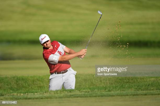 Oklahoma Sooners Blaine Hale chips from the bunker on the 15th hole against the Oregon Ducks during the final round of the NCAA Division I Men's Golf...
