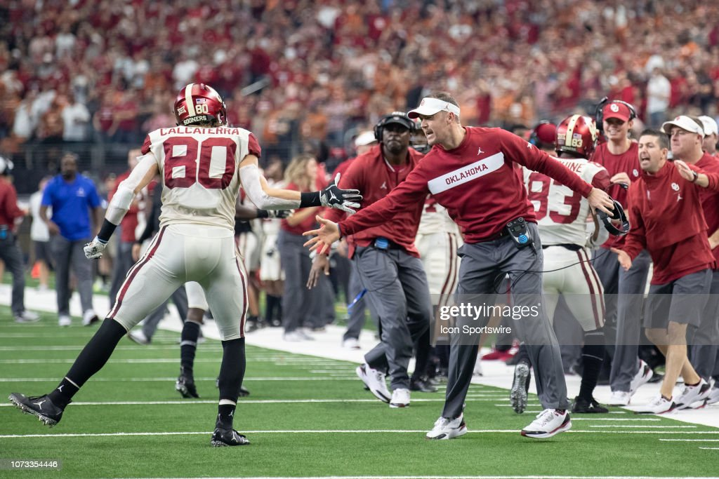 COLLEGE FOOTBALL: DEC 01 Big 12 Championship Game - Oklahoma v Texas : News Photo