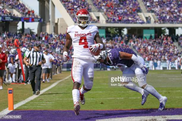 Oklahoma Sooners running back Trey Sermon rushes for a touchdown during the game between the Oklahoma Sooners and TCU Horned Frogs on October 20 2018...