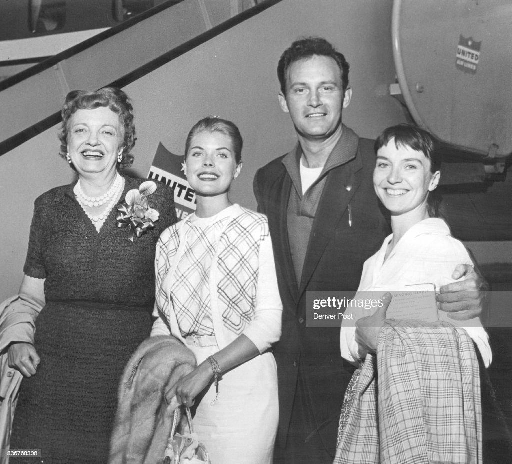 JUL 6 1958, JUL 7 1958 'Oklahoma!' Stars At Stapleton Four