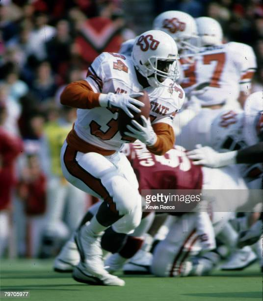 Oklahoma State University Cowboys running back Thurman Thomas during a game in 1987