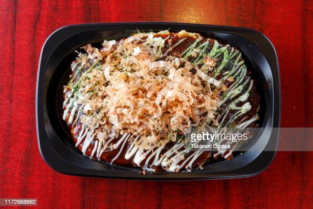 okonomiyaki osaka japan food - okonomiyaki stock pictures, royalty-free photos & images