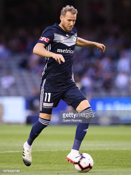 Ola Toivonen of the Victory controls the ball during the Round 6 ALeague match between Melbourne Victory and the Western Sydney Wanderers at Marvel...