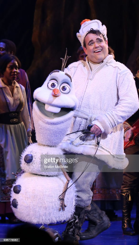 """Frozen"" Broadway Opening Night - Curtain Call"