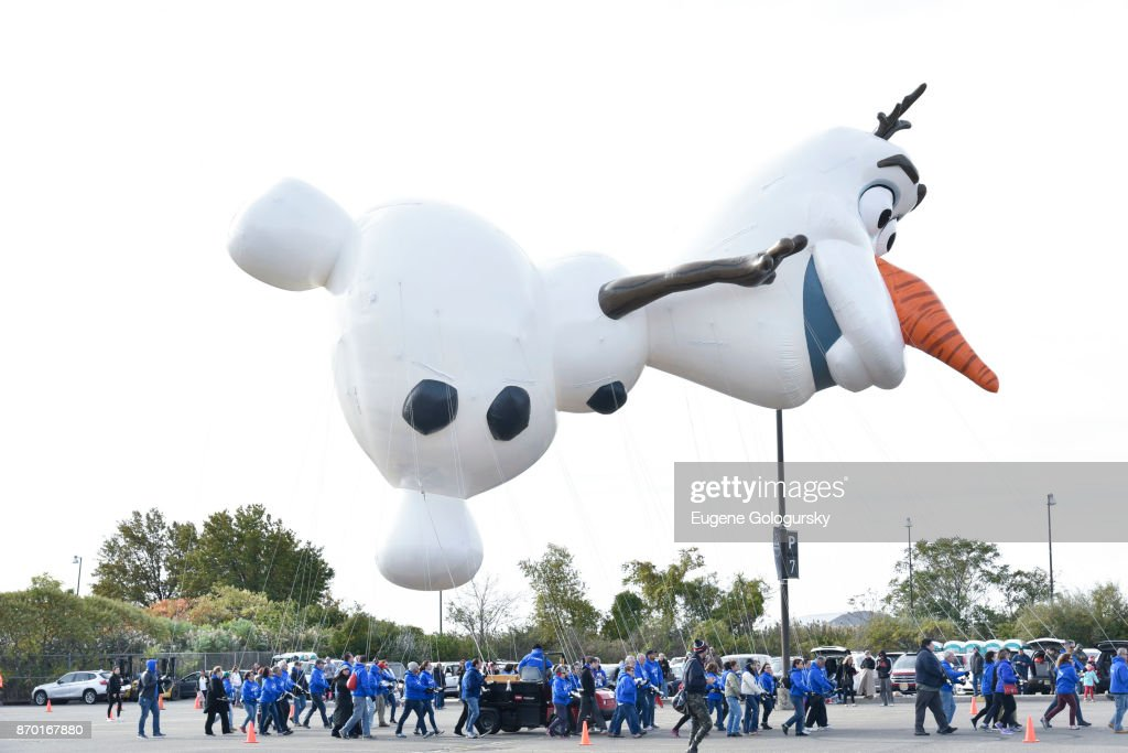 Macy's Debuts New Giant Character Balloons For The 91st Annual Macy's Day Parade : News Photo