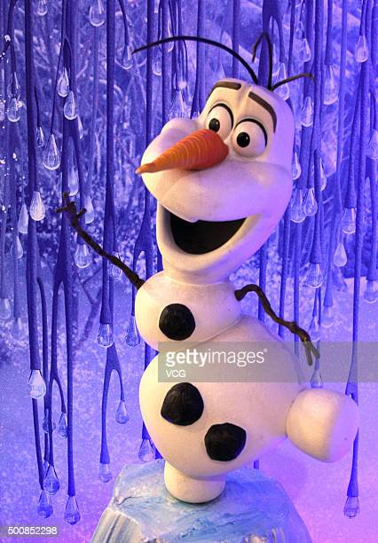 Olaf is on display at CapitaMall 1818 on December 5 2015 in Wuhan Hubei Province of China Disney Characters exhibition was held in the Wuhan...