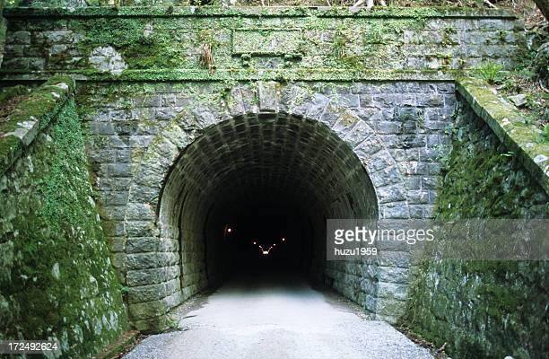 old amagi tunnel - 静岡県 ストックフォトと画像