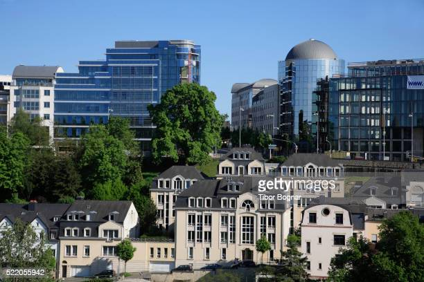 old and modern architecture in luxembourg city - luxembourg benelux stock pictures, royalty-free photos & images