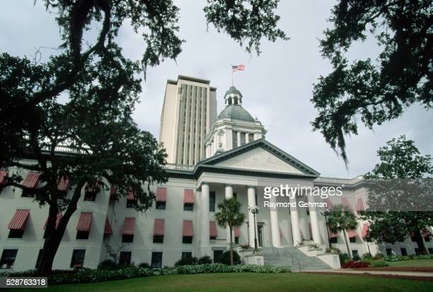old and new capitol buildings - tallahassee stock pictures, royalty-free photos & images