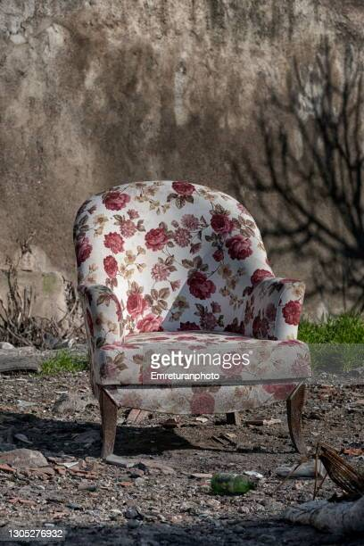 old armchair in the grden. - emreturanphoto stock pictures, royalty-free photos & images
