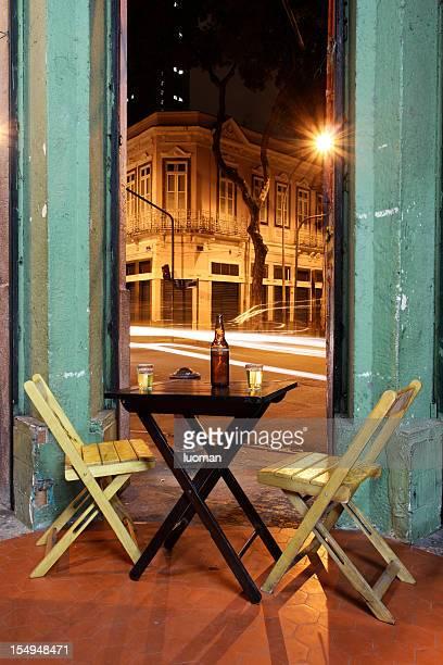 o bar no bairro da lapa - bar - fotografias e filmes do acervo