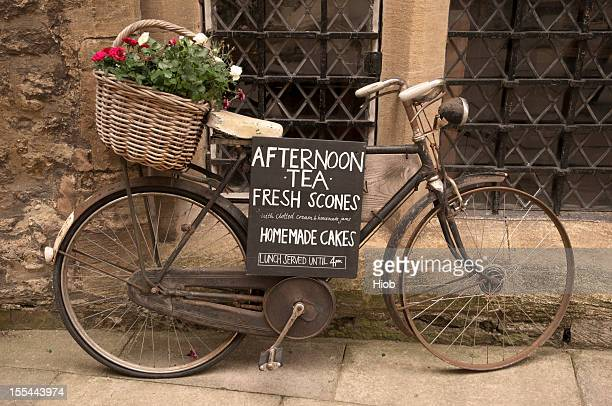 old bicycle - oxford england stock pictures, royalty-free photos & images