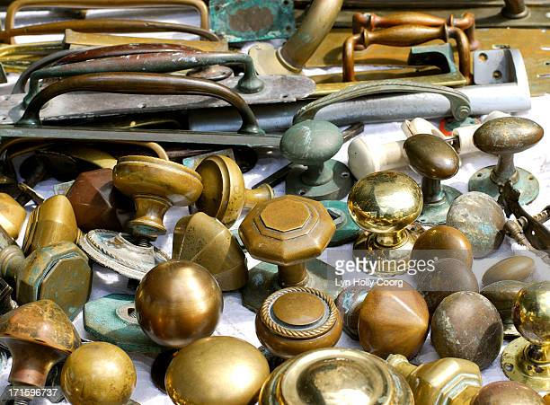 old brass door handles for sale - lyn holly coorg stock pictures, royalty-free photos & images