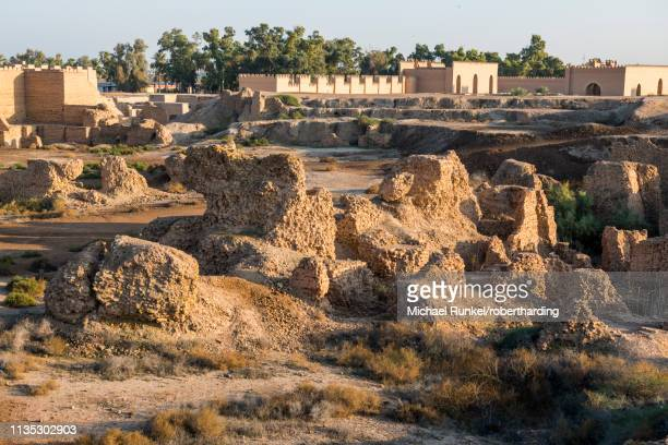 old brick structures, babylon, iraq, middle east - イラク ストックフォトと画像