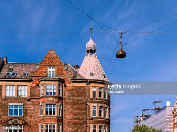 old building in copenhagen, denmark - rob castro stock pictures, royalty-free photos & images