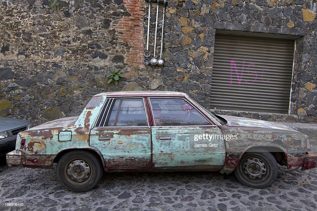 Old Beat Up Cars Stock Photos and Pictures | Getty Images
